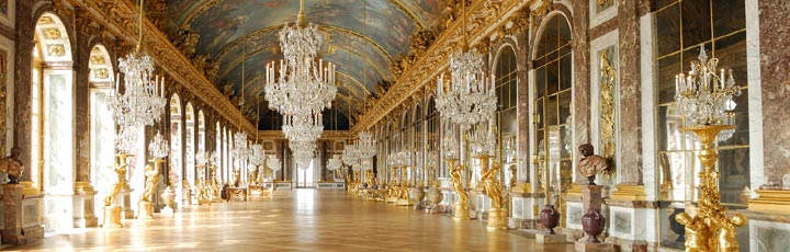 The-Hall-of-Mirrors-Palace-of-Versailles