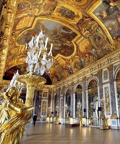 The-Hall-of-Mirrors-versailles-france