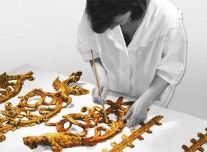 annie-leniau-gilded-wood-restoration-paris-france