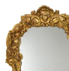 detail-french-antique-mirror-carved-giltwood